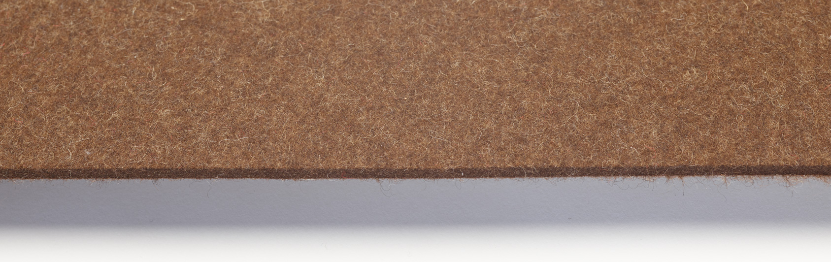 pew runner felt color brown