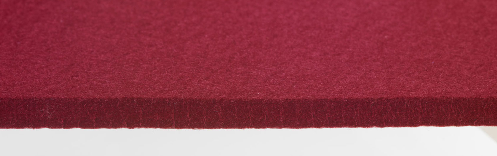 pew runner felt color red